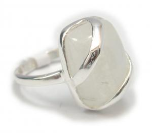 Anillo en Piedra Lunar mod fashion